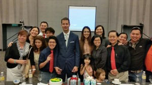 JT Foxx family with Artus Ong during Family Reunion